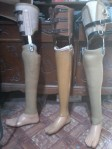 model kaki palsu