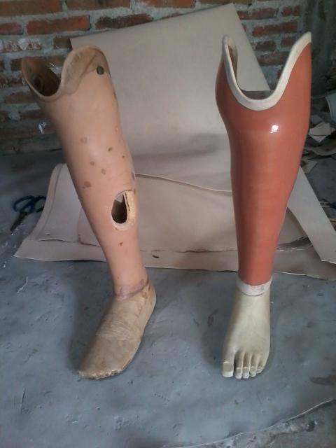 kaki palsu Malang lokal