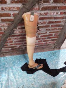 kaki palsu Kediri lokal