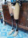 kaki palsu modern bahan lokal