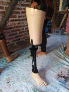 alamat pembuat kaki palsu unik